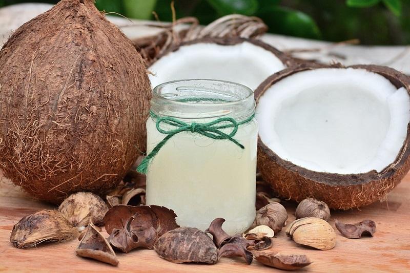Кокосово масло - здравствени придобивки и невообичаена примена