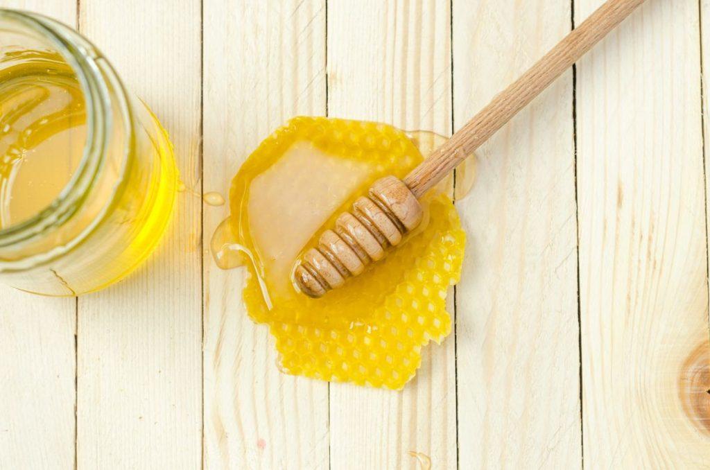 Мед насловна